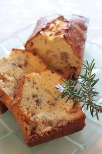 ローズマリーとゴルゴンゾーラのパウンドケーキ